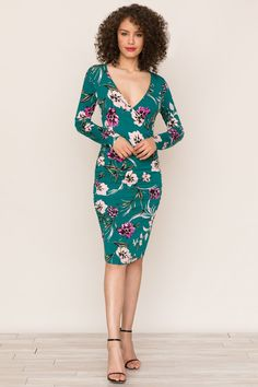 Comfort meets style in our Take Me Out Emerald Green Long Sleeve Dress. Details include a v-neckline, ruching at sides and long sleeves. Green Long Sleeve Dress, Take Me Out, Emerald Color, Fall Collections, Wrap Style, Nice Dresses, Wrap Dress, Cold Shoulder Dress, Model