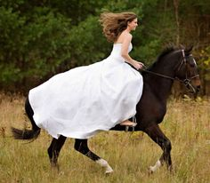 Bride entering on a horse!   BAREFOOT!!!! You have no idea how perfect this is!!!