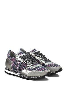 PHILIPPE MODEL PARIS - Sneakers - Donna - Sneaker in tessuto bouclè e pelle specchiata con logo su lato esterno e suola in gomma. Inserto in camoscio su puntale, tacco 25, platform 15 con battuta 10. - SILVER\PINK - € 300.00
