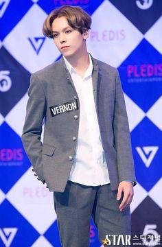 #SEVENTEEN #세븐틴 #만세  #Vernon