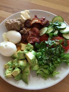 Lavkarbo for en uke - Nina sin frokost, lunch og middag - diasensa blog Low Carb Recipes, Cooking Recipes, Healthy Recipes, Healthy Foods, Lunches And Dinners, Meals, On The Go Snacks, Healthy Food To Lose Weight, Dessert