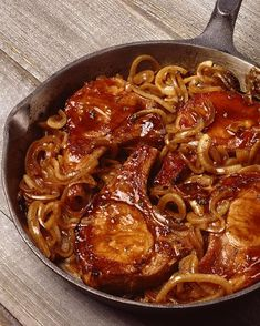 Perfect Pork Chops, Thin Pork Chops, Tender Pork Chops, Pan Fried Pork Chops, Pork Chop Recipes, Meat Recipes, Cooking Recipes, Spinach Recipes, Pork Chops