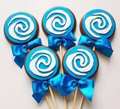 Moana- Símbolo #pirulitos #pirulitodecorado #pirulitodechocolate #lembrancinhas #decoracao ...