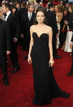 Angie stunning in 115 carat emerald earrings, Oscars, 2009