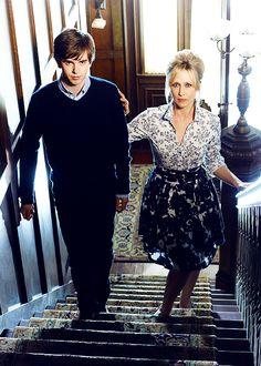 "Freddie Highmore as Norman and Vera Farmiga as Norma in ""Bates Motel"" Bates Motel Tv Show, Bates Motel Season 4, Norman, Freddie Highmore Bates Motel, Bates Hotel, Norma Bates, Vera Farmiga, Boy Best Friend, Devious Maids"