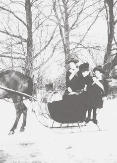 ✫ Christmas With The Romanovs [8/24]