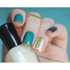 Instagram media borsch_nails #nail #nails #nailart