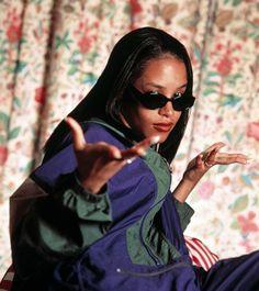 Aaliyah Dana Haughton (1979-2001)