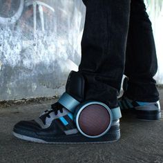 Sneaker Speaker Runs On Bluetooth Connectivity, sometimes you just want to hit someone for making something incredibly stupid and annoying, well this is one of those moments, like we don't have enough BOOM BOOM BOOM coming from open car windows, now they can do it with their shoes..