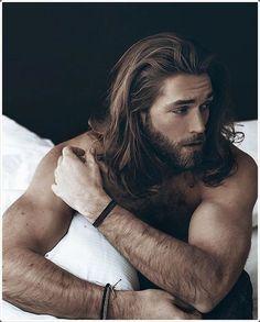Long hair + Beard = Trend of the year