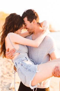 Lovin' the low-key vibes in this sunset beach engagement session | Image by Brooke Michelle Photography