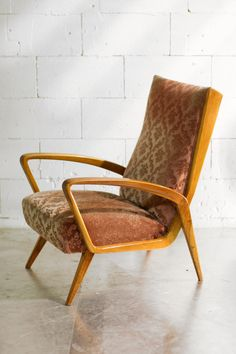 Furnitures, Retro Vintage, Accent Chairs, Design, Home Decor, Upholstered Chairs, Decoration Home, Room Decor
