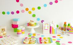 Rainbow Confetti and Stripe Party by Sambellina. This is a very cute party based on a mix and match range of candy stripes and confetti polk. Rainbow Candy, Rainbow Theme, Rainbow Birthday, Polka Dot Theme, Polka Dot Party, Polka Dots, Pony Party, Party Decoration, Party Cups