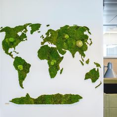 Green World by www.innogreen.fi #mossart #moss #greenhousing #ghe