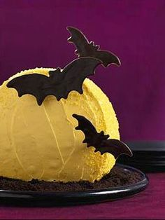 Love this bat cake from @parentsmagazine! #Halloween