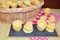 Aluat fraged pentru mini tarte sărate - Rețete pentru toate gusturile Diy Food, Quiche, Picnic, Basket, Desserts, Recipes, Food, Pie, Tailgate Desserts