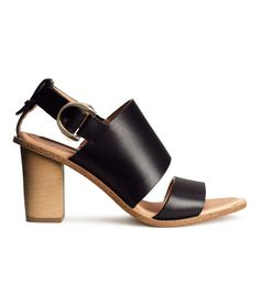 Fashion and quality clothing at the best price H&m Shoes, Nude Shoes, Black Sandals, Leather Sandals, H&m Trends, H&m Online, Heeled Mules, Ecommerce, Fashion Online