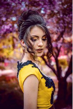 Empieza con buen pie tu boda al elegir una buena paleta de colores, elige sabiamente cómo hacer tu maquillaje de bodas. Léelo todo hasta el final. #maquillajedebodas #maquillajedenovia Sleek Hairstyles, Popular Hairstyles, Straight Hairstyles, Girl Hairstyles, Jumeirah Beach Hotel Dubai, Hair Tips Home Remedies, Looks Kylie Jenner, Healthy Hair Tips, Shooting Photo