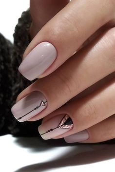 Nail art Christmas - the festive spirit on the nails. Over 70 creative ideas and tutorials - My Nails Latest Nail Designs, Short Nail Designs, Elegant Nail Designs, Latest Nail Art, Minimalist Nails, Minimalist Fashion, Best Acrylic Nails, Acrylic Nail Designs, Shellac Nail Designs