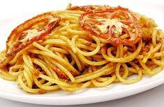 Espaguete ao molho de tomate assado. | 12 receitas gostosas para quem quer comer mais saudável