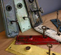 vintage skeleton key hooks