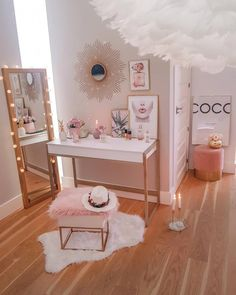 21 Creative Makeup Room Ideas to Help You Get Prepared for the Day # Big Girl Rooms creative day Ideas Makeup Prepared room Bedroom Decor For Teen Girls, Cute Bedroom Ideas, Cute Room Decor, Girl Bedroom Designs, Room Ideas Bedroom, Teen Room Decor, Wall Decor, Room Decor Bedroom Rose Gold, Girl Bedrooms