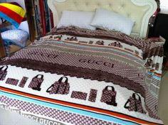 die muss es sein...Gucci Tagesdecke günstig billig gut preiswert King Size Seide Baumwolle