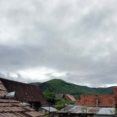 Countryside skyline  #travel #Sibiu #Poplaca #Romania #instatravel #travelgram #amazing #nice #beautiful #great #magic #countryside #cloudy #ski #green #forrest #letsgosomewhere #roofs #ILoveToTravel #clouds #tiles #Saturday #scenery #lovely #origins #village #Transylvania #rainyday #rainy