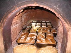 Building our own clay oven | The Fresh Loaf