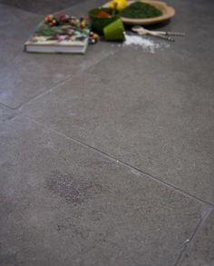 Buy Oratory Aged products from our Flagstone Tiles range at Indigenous. Flagstone Flooring, Limestone Flooring, Dark Grey Color, Underfloor Heating, Tile Floor, Tiles, Rustic, Traditional, Hallways
