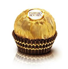 Ferrero Rocher Hazelnut Chocolate - whole hazelnut coated with creamy milk chocolate , crispy wafer and pieces of hazelnut covered with chocolate are surrounded by the whole hazelnut - beautifully wrapped in golden foil - perfect to gift your loved ones Chocolate Gift Boxes, Chocolate Spread, Chocolate Hazelnut, Chocolat Ferrero Rocher, Ferrero Rocher Chocolates, Ferrero Nutella, Acquired Taste, Chocolate Brands, Mon Cheri