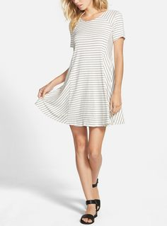 Crushing on this comfy striped dress that is easy to throw on with a pair of sandals for a cute on-the-go outfit.