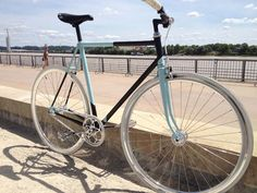 Transformation d'un vieux Louison Bobet en pignon fixe flip/flop Wheels, Urban, Sports, Fixed Gear, Urban Bike, Bicycles