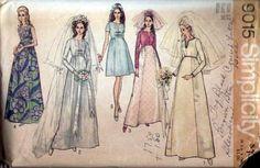 Simplicity 9015 Vintage 1970 Empire Wedding Dress Pattern B34