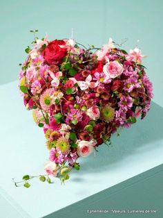 Heart Shaped Floral Arrangement Awesome Design