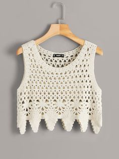 To find out about the Cutout Insert Asymmetrical Hem Crochet Top at SHEIN, part of our latest Tank Tops & Camis ready to shop online today! Débardeurs Au Crochet, Crochet Crop Top, Crochet Bikini, Crochet Fashion, Crop Tops, Tank Tops, Top Pattern, Crochet Clothes, Fashion News