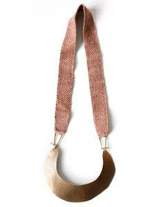 necklace Encontrado en shop.erinconsidine.com