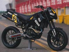 Trick Supermotard Picture Thread - Page 16 - Custom Fighters - Custom Streetfighter Motorcycle Forum