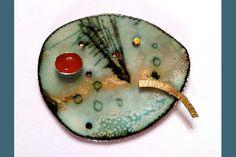 brooch-4.jpg (600×400)