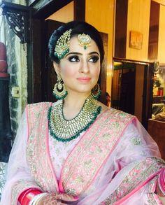 Pinterest: @nur zulaikha Bridal Jewellery, Diamond Jewellery, Wedding Jewelry, Royal Jewelry, Indian Jewelry, Bridal Collection, Dress Collection, Sikh Bride, Royal Brides