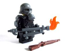 Lego Custom GERMAN FLAMETROOPER WWII Minifigure Soldier with Trenchcoat & Guns #Lego