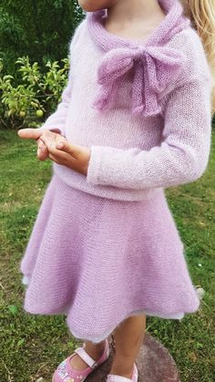 Elegant mohair sweater with a bow on the neckline. Made from a luxurious, light brushed yarn in an exclusive mix of mohair super kid and silk. Stylish Toddler Girl, Stylish Kids, Toddler Fashion, Kids Fashion, How To Start Knitting, Knitting For Kids, Kids Clothes Organization, Cheap Kids Clothes, Kids Clothing