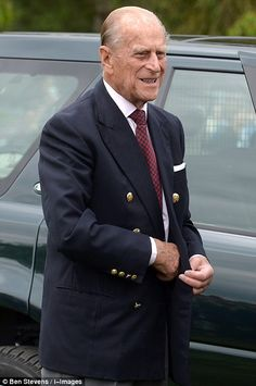 Prince Philip looked dashing as he joined his wife at the polo event Queen Elizabeth Death, Prince Philip Queen Elizabeth, Queen And Prince Phillip, Princess Margaret, Queen Husband, Duke Edinburgh, Royal Families Of Europe, English Royal Family, Royal Uk
