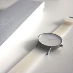 #watch #montre #design #white