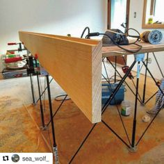Fantastic demonstration of the #versatility in our new 4' x 4', 9 Strut #CentipedeSupport in this repost via @sea_wolf_:  Had to make some door jamb extensions  today, here I was routing rabbits and turns out if I rotate my centipede topcaps it makes a perfect ledge to set boards on to clamp to my MDF top. I'm loving this table👌@clinardbuilt #centipedesawhorse #woodworking ・・・ with @repostapp #CentipedeTool #Support9S #portable #jobsite #workbench #platform #sawstand #worksupport #door…