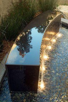 محوطه سازی Water Wall Fountain, Yard Water Fountains, Diy Garden Fountains, Outdoor Water Features, Pool Water Features, Water Features In The Garden, Landscape Elements, Landscape Design, Contemporary Water Feature