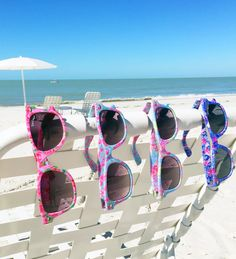 Lilly Pulitzer Madeline Wayfarer Sunglasses Polarized- in new prints for just $48 with case