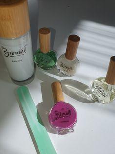 Seit ich meine Gelnägel abgemacht habe, bin ich verliebt in die Bionail bioaktive Nagelpflege. Play Game Online, Online Games, Napkin Rings, Blog, Shops, How To Remove, Home Decor, Style, Nail Care