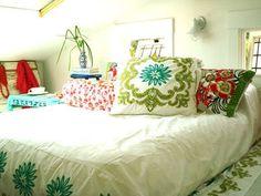 Alisha's Bright White Guest Cottage — House Tour