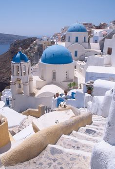 Picture - Rooftops of Oia. | PlanetWare